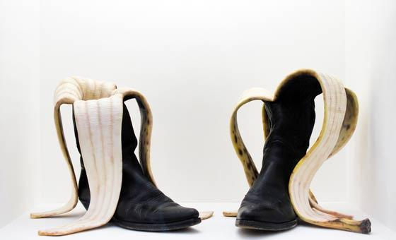 nantes - lieu unique - lu - théo mercier - le grand mess - Attention à la marche - mind the step - boots - banana