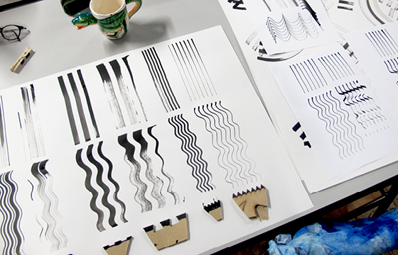 Résidence Papier/Machine : Tests outils d'écriture au Fablab, Plateforme C à Nantes. © Florence Boudet